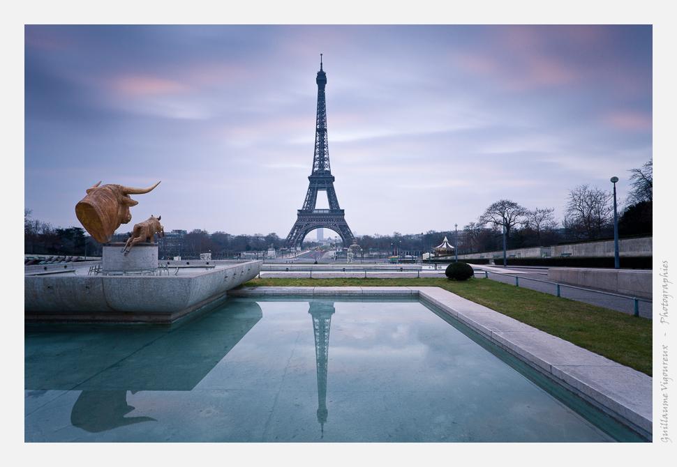 Paris 8:00 AM